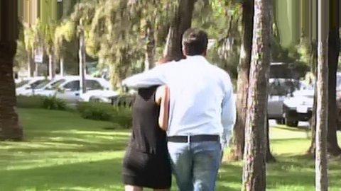 Sergio la agarra fuerte, pero Malena igual no se va. ¿No?