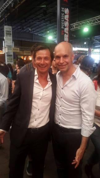 Lipovetzky acompañando a Rodríguez Larreta en la Feria