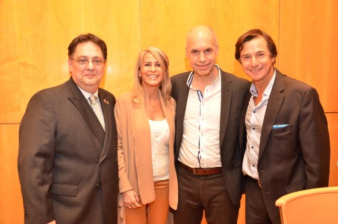 Larreta con la candidata a diputada Anabella Herz, el también candidato a diputado y vicepresidente del CPACF, Daniel Lipovetzky, y el tres veces presidente de la institución, Jorge Rizzo