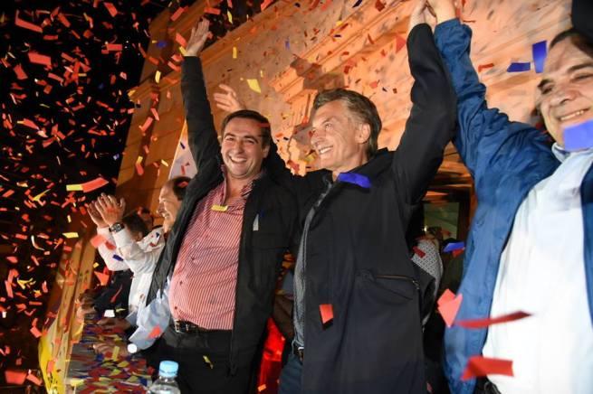 Macri y Mestre celebrando un triunfo clave en una ciudad con 1 millón de electores